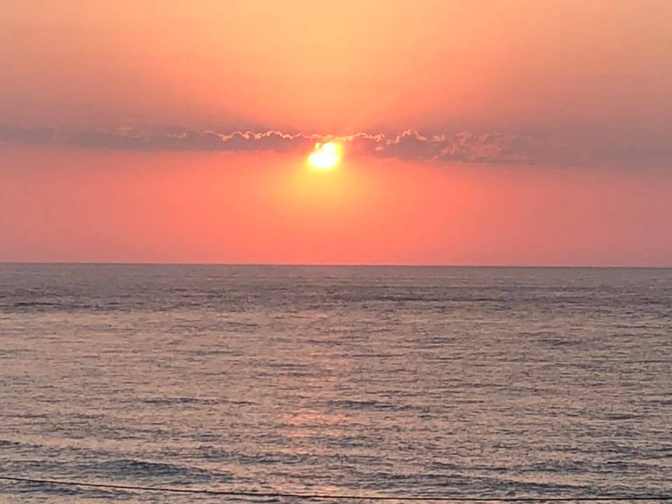 I like the sunset in Samos. I feel priviledge to share this picture with other user.